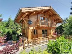 Exceptional 3 bedroom chalet in L'Etelley Samoens 50m metres from the ski bus