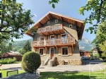 Centrally located 5 bedroom chalet plus 3 bedroom apartment plus semi-detached 2 bedroom 60m2 mazot