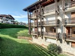 Spacious 2 bedroom apartment, in close proximity to the ski lift.