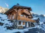 A spacious and modern chalet located in a quiet hamlet between La Chapelle d'Abondance and Chatel.
