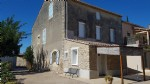 Single storey villa, independant studio and winegrower's house to renovate on 1525 m².