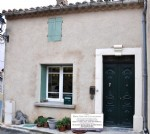 Spacious and renovated village house with 4/5 bedrooms, terrace, garage and convertible attic !