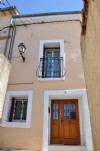 Spacious village house, entirely renovated with 2 bedrooms and possibility to create a terrace.