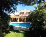 Beautiful villa with 160 m² of living space on 786 m² with pool in a village near the sea.
