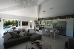 Near Valbonne contemporary villa in a quiet area