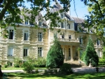 A castle life in an apartment of 165 m2 with private park of 2000 m2
