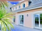 Villa of 250 m2 on the International Golf of La Baule