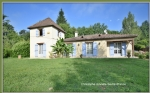 Close Bergerac, house 4 bedrooms and 1 office pool on 1700 m2 of land