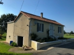 Ancient houe, fully restored, quiet lovely location with open views through the countryside