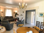 Modern house in good order, baseme,t, granny flat, accomodation, close to down town, quiet