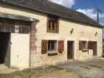 Only 5 minutes from Mele sur Sarthe and the N12, Beautiful property with great potential