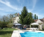 Mansion of 268 m2 living space, near the royal city of Loches