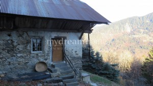 Farm to renovate in Héry sur Ugine (73400) in the Alps