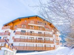 Peo9605gv, Delightful Alpine Ski Apartment - Facing Lake Geneva