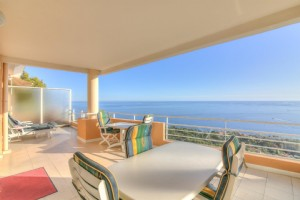 Wmn3222484, Top Floor 2 Bedroom Apartment With Spectacular Sea View - Cap Dail