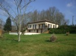 Villa for sale 3 bedrooms 6952m2 land ,South facing ,Over 1 acre land