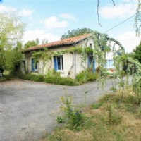 Property for sale 1 bedrooms 2800m2 land ,Walk to shop