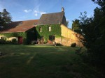 5 bed renovated house and barn, ~173 m² habitable,on 8289 m² (~2acres+)