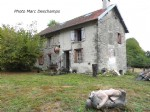 Detached 2 bed house, 80m², on 590m² and barn