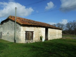 Barn for sale. South Charente. Near Aubeterre sur Dronne