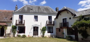 Maison de Maitre 6 bedrooms, pool and gite for sale Dordogne