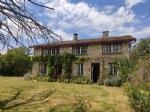5 bedroom house with 2 bedroom gite, large garden, Brioux