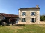 Riberac / Aubeterre. Country house to finish.