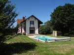 Lovely villa with pool on 1.5 hectare of land