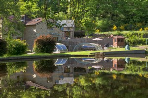 What an opportunity! Gite complex, with lake, pool woodland river