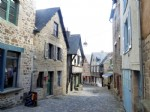 Exclusive - dinan historic centre - characterful 2 bed stone house with courtyar