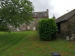 Plenee-jugon - set of 2 houses on beautiful land