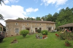 Chaunay (86) - Detached 3 bed/3bath stone farmhouse with garden, stables and paddock