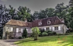 Bétaille (Lot) - Character property set in over a hectare of wooded parkland.