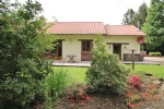 Chéronnac (Haute Vienne) - Immaculate two bedroom house in quiet woodland setting