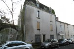 A 3 storey townhouse to renovate.