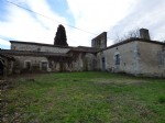 Stone house and barn for full renovation land of 2600 m²