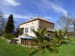 VILLEREAL : Family stone house 160 m² - land of 4000 m².