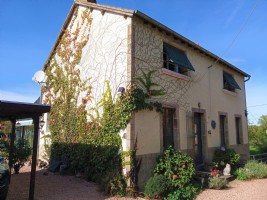 Beautiful house on 7730m2 in calm hamlet