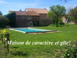 *Elegant Maison bourgoise with 2nd house, pool, outbuildings within grounds of 3000m² with views!