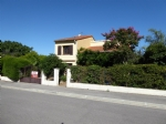 *DETACHED villa, conveniently situated, quiet with super views, good condition.