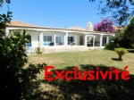 *Large detached villa on one level with very big garden and south facing heated pool