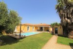 *Superb villa with swimming pool, outbuilding, ideal for a gite and summer kitchen!