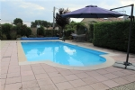 *Lovely villa with pool with pretty garden in Margon