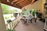 *Nice wine growers house with garden