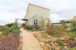 Beautiful villa with landscaped garden!