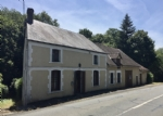 Detached traditional house to renovate, with huge potential