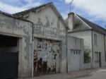 Former garage for renovation or commercial use