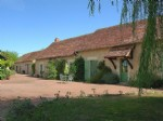Near Angles sur l'Anglin, Vienne 86: property with swimming pool