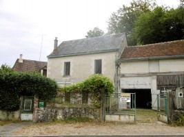Centre Region – Interesting 2 Bed House Built-Into Caves