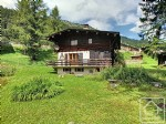 Detached chalet near Argentière with plenty of development potential